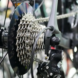 helios-Fahrrad-Ketten-SchmierFluid_955764672